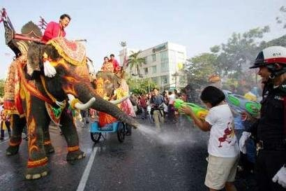 songkran-thailand